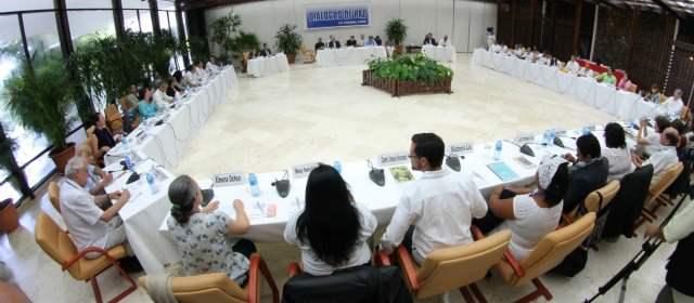 Las 12 víctimas del conflicto, tercer grupo en viajar a Cuba, hizo ayer su intervención en la mesa de diálogos.