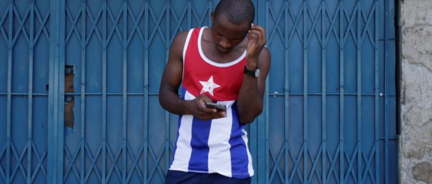 Etecsa confirma bloqueo de SMS a Cuba